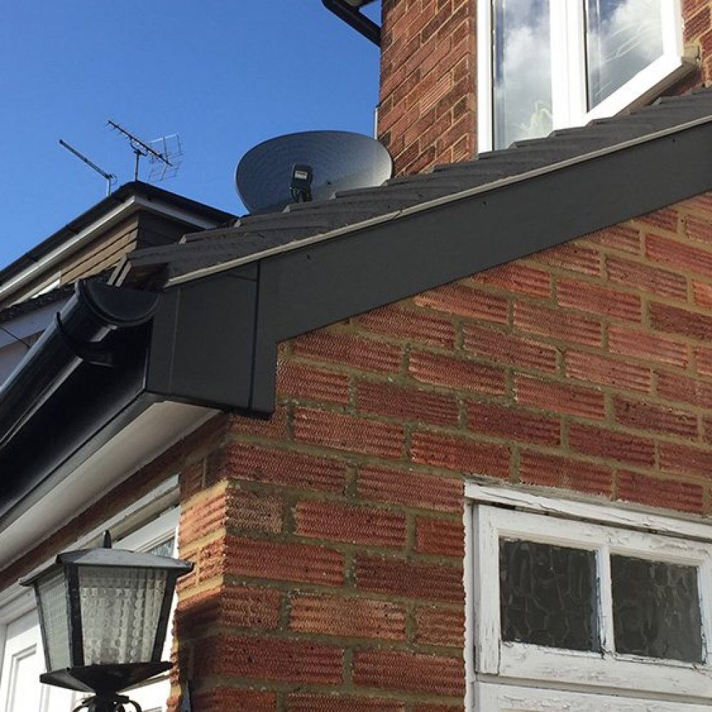 new-guttering-potters-bar